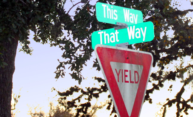 confusing Yield sign.jpg